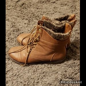 Brown boots with sweater cuff